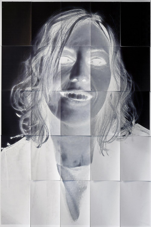 Zoé Aubry, Estelle Veneut — Badr Smati, tirage pigmentaire altéré, 2019.